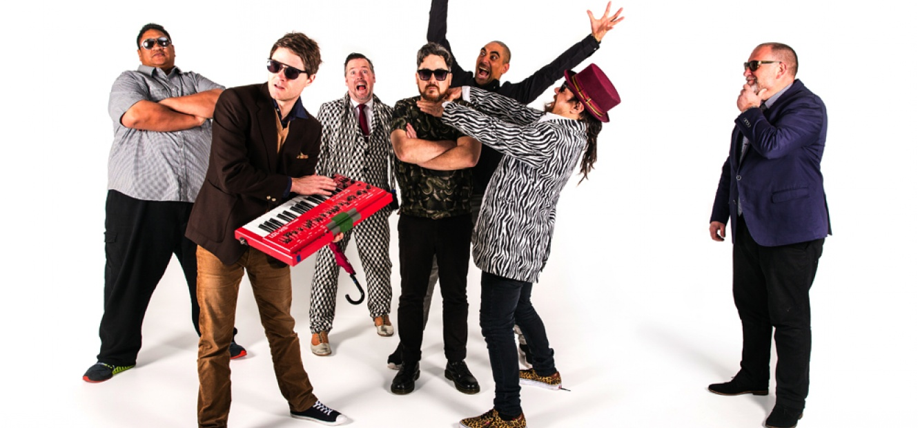 FAT FREDDY'S DROP (SAT)